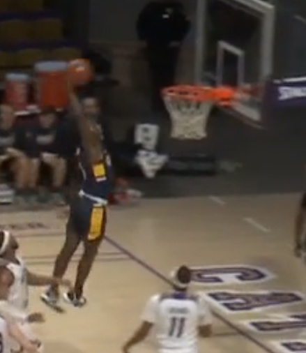 UNCG at Western, Win 72-58